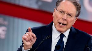 wayne-lapierre-national-rifle-association-nra-lobby-armes